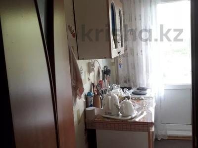 1-комнатная квартира, 34 м², 2/5 этаж, Ворошилова за 3.5 млн 〒 в Усть-Каменогорске — фото 6