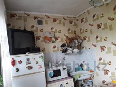 1-комнатная квартира, 34 м², 2/5 этаж, Ворошилова за 3.5 млн 〒 в Усть-Каменогорске — фото 8