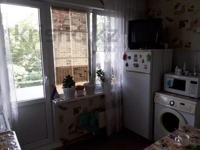 1-комнатная квартира, 34 м², 2/5 этаж, Ворошилова за 3.5 млн 〒 в Усть-Каменогорске — фото 9
