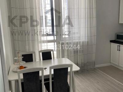 2-комнатная квартира, 70 м², 3/9 этаж помесячно, Е-49 3 — Туран и Сагынак за 250 000 〒 в Нур-Султане (Астана), Есиль р-н — фото 4