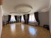 5-комнатный дом помесячно, 220 м², 5 сот.