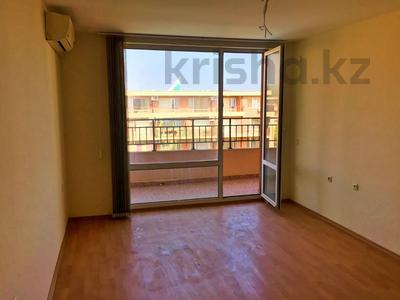 3-комнатная квартира, 74 м², 4/4 этаж, Холидей Форт Нокс за ~ 15.1 млн 〒 в Солнечном береге — фото 6