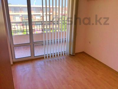 3-комнатная квартира, 74 м², 4/4 этаж, Холидей Форт Нокс за ~ 15.1 млн 〒 в Солнечном береге — фото 8
