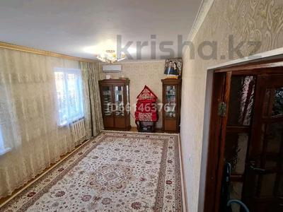 3-комнатная квартира, 60 м², 3/5 этаж, Авангард-4 за 16 млн 〒 в Атырау, Авангард-4