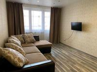 1-комнатная квартира, 40 м², 3 этаж посуточно, Петрова 34 — Жумабаева за 7 000 〒 в Нур-Султане (Астане), Алматы р-н