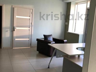 Офис площадью 156 м², проспект Аль-Фараби 17к5Б — Желтоксан за 5 300 〒 в Алматы, Бостандыкский р-н — фото 9