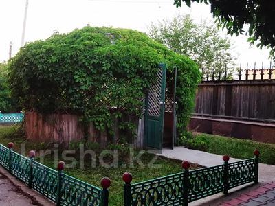 8-комнатный дом, 250 м², 12 сот., Валиханова 33 за 50 млн 〒 в Жезказгане — фото 2