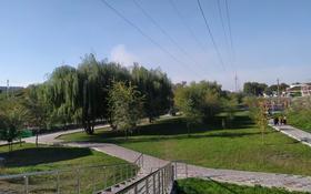 Магазин площадью 100 м², мкр Акбулак, Бичурина за 50 млн 〒 в Алматы, Алатауский р-н