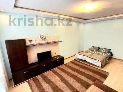 1-комнатная квартира, 60 м², 4/26 этаж посуточно, Жк Москва 19 за 9 000 〒 в Нур-Султане (Астане)