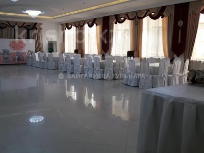 Здание, площадью 765 м², мкр Таусамалы, Мкр Таусамалы 1-50A за 332 млн 〒 в Алматы, Наурызбайский р-н — фото 8