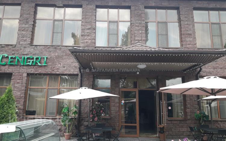 Здание, площадью 765 м², мкр Таусамалы, Мкр Таусамалы 1-50A за 344 млн 〒 в Алматы, Наурызбайский р-н