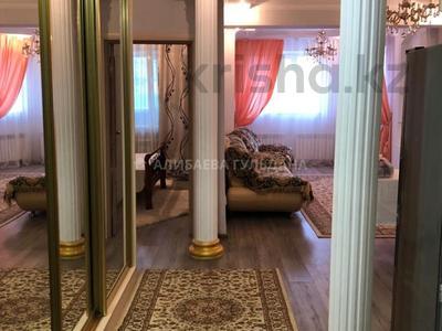 2-комнатная квартира, 53 м², 3/24 этаж помесячно, Тауелсиздик 34 за 130 000 〒 в Нур-Султане (Астана), Алматы р-н — фото 2