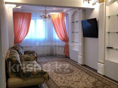 2-комнатная квартира, 53 м², 3/24 этаж помесячно, Тауелсиздик 34 за 130 000 〒 в Нур-Султане (Астана), Алматы р-н