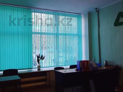 Здание, площадью 944.1 м², Каюма Мухамедханова 47 за 195 млн 〒 в Семее — фото 3