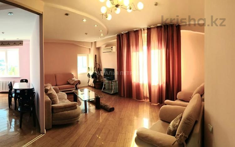 2-комнатная квартира, 80 м², 8/10 этаж помесячно, Тимирязева за 250 000 〒 в Алматы, Бостандыкский р-н