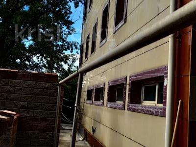 Здание, площадью 2270 м², мкр Акбулак, Шарипова 3/1 — Райымбека за 310 млн 〒 в Алматы, Алатауский р-н — фото 5