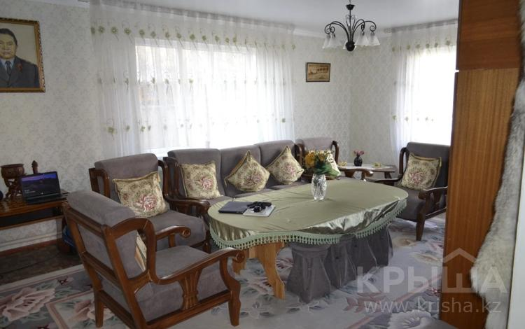 5-комнатный дом, 215 м², 6 сот., Мкр Шубар, Темирказык 21 за 55 млн 〒 в Нур-Султане (Астана), Есиль р-н