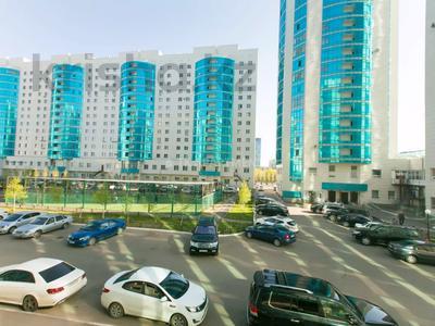 2-комнатная квартира, 70 м², 3/14 этаж посуточно, Сарайшык 5 — Елубая Тайбекова за 12 000 〒 в Нур-Султане (Астана), Есиль р-н — фото 15