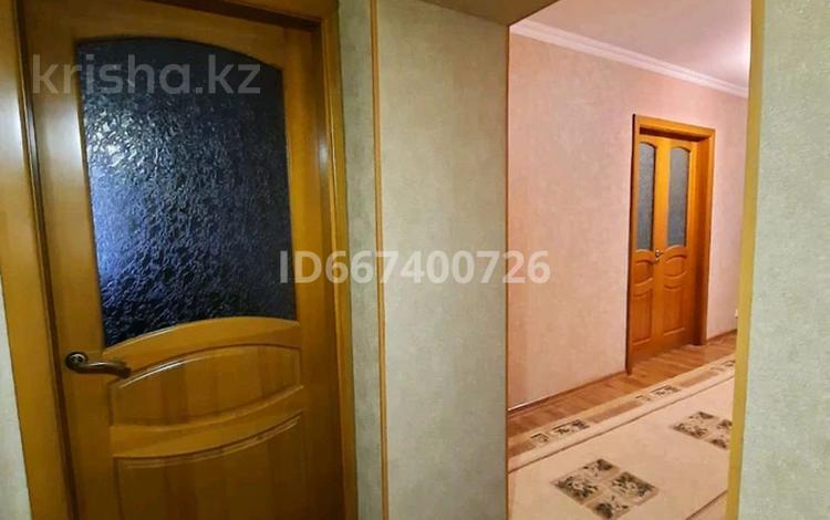 3-комнатная квартира, 81.1 м², 1/10 этаж, улица Бекхожина 7 за 26 млн 〒 в Павлодаре