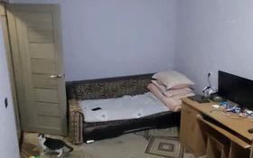 1-комнатная квартира, 30.3 м², 4/5 этаж, 117 квартал 4 за 3.3 млн 〒 в Темиртау