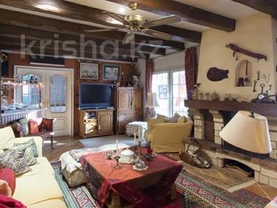 9-комнатный дом, 600 м², 24 сот., Calle Garbi 3 за 284.5 млн 〒 — фото 4