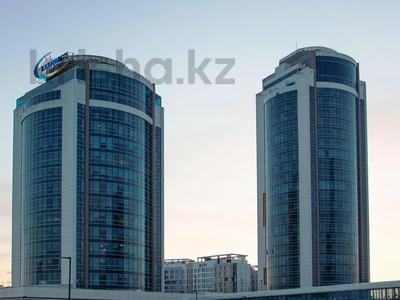3-комнатная квартира, 130 м², 12/25 этаж помесячно, проспект Туран — Сыганак за 400 000 〒 в Нур-Султане (Астана)