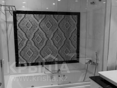3-комнатная квартира, 130 м², 12/25 этаж помесячно, проспект Туран — Сыганак за 400 000 〒 в Нур-Султане (Астана) — фото 7
