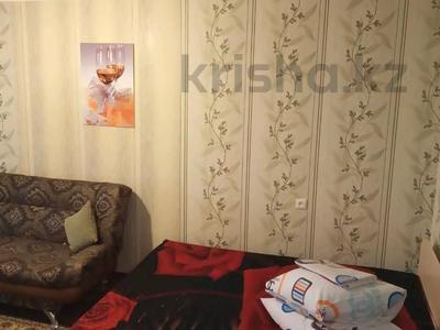 1-комнатная квартира, 46 м², 4/5 этаж посуточно, Гарышкерлер 56 — Байконурова за 6 000 〒 в Жезказгане — фото 5