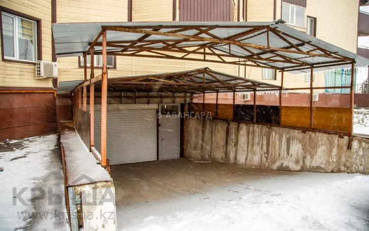 Помещение площадью 177.9 м², мкр Коккайнар — Азербайжана Мамбетова за 28 млн 〒 в Алматы, Алатауский р-н