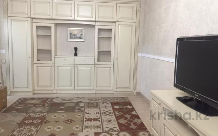 3-комнатная квартира, 105 м², 9/9 этаж, мкр Аксай-4 121 за 41.5 млн 〒 в Алматы, Ауэзовский р-н