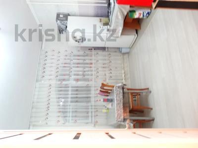 2-комнатная квартира, 52 м², 3/9 этаж, мкр Жетысу-2, Мкр Жетысу-2 за 26 млн 〒 в Алматы, Ауэзовский р-н — фото 4