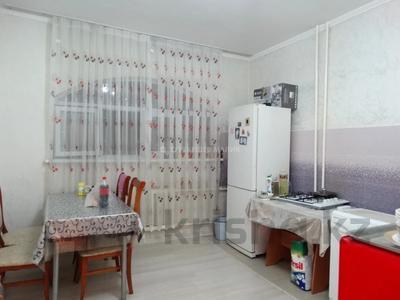 2-комнатная квартира, 52 м², 3/9 этаж, мкр Жетысу-2, Мкр Жетысу-2 за 26 млн 〒 в Алматы, Ауэзовский р-н — фото 8