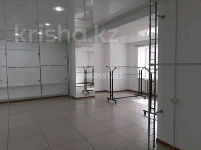 Магазин площадью 100 м², улица Ибраева 152 за 35 млн 〒 в Семее — фото 4