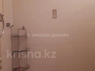 1-комнатная квартира, 45 м², 8/16 этаж помесячно, Торайгырова 2 — Сейфуллина за 100 000 〒 в Нур-Султане (Астана), р-н Байконур — фото 6