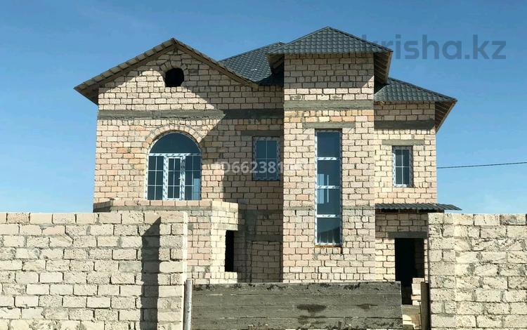 6-комнатный дом, 280 м², 7.5 сот., 13 мкр 296 за 15 млн 〒 в