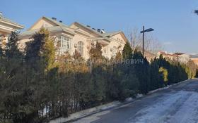 5-комнатный дом, 250 м², 3 сот., проспект Достык — Оспанова за ~ 173.7 млн 〒 в Алматы, Медеуский р-н