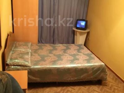2-комнатная квартира, 59 м², 3/5 этаж по часам, Азаттык — Махамбета за 1 500 〒 в Атырау