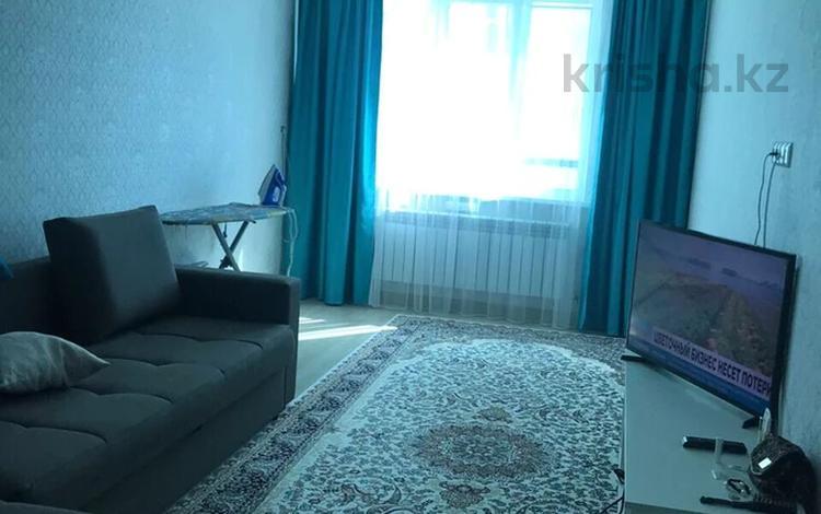 1-комнатная квартира, 40 м², 7/9 этаж помесячно, Сарайшык 5Е за 110 000 〒 в Нур-Султане (Астана), Есиль р-н