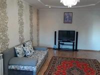 2-комнатная квартира, 69 м², 3/10 этаж посуточно, Абулхаирхана — Молдагулова за 7 000 〒 в Актобе