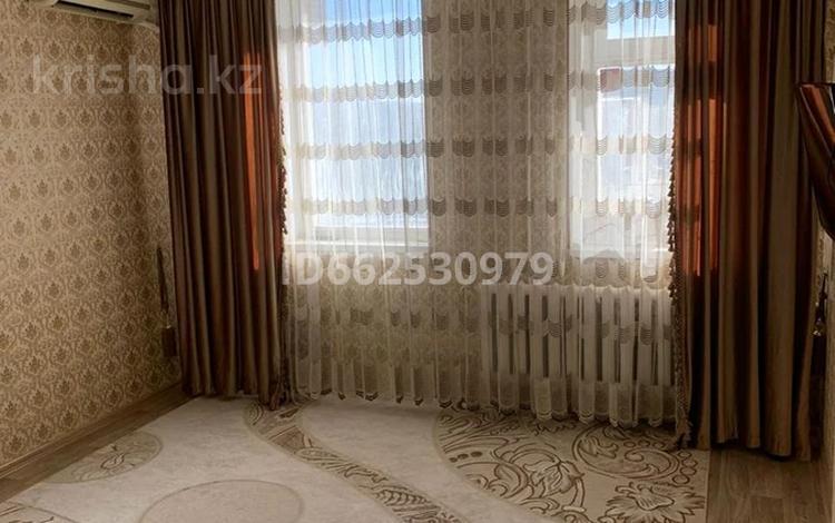 1-комнатная квартира, 32 м², 4/4 этаж, Коктем 4 мкр 18 за 5.2 млн 〒 в Жанаозен