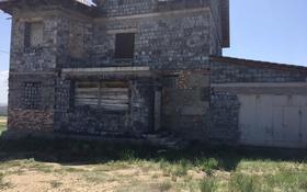 5-комнатный дом, 250 м², 10 сот., 2-я улица 3 за 20 млн 〒 в Караганде, Казыбек би р-н