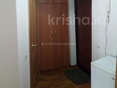 1-комнатная квартира, 35 м², 1/5 этаж помесячно, Жангельдина 6 — Сарыарка за 100 000 〒 в Нур-Султане (Астана), Сарыарка р-н — фото 7