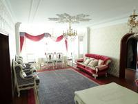 5-комнатная квартира, 210 м², 21/36 этаж помесячно