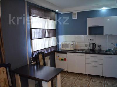 1-комнатная квартира, 45 м², 1/5 этаж посуточно, Алиханова 28/3 за 9 000 〒 в Караганде, Казыбек би р-н — фото 7