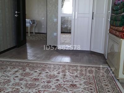 2-комнатная квартира, 53 м², 4/4 этаж, 5-й микрорайон 19 за 10.5 млн 〒 в Жанаозен