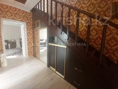 4-комнатный дом, 450 м², 6 сот., Актюбинская за 70 млн 〒 в Караганде, Октябрьский р-н