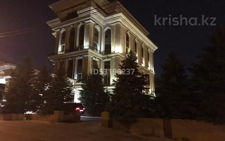 Здание, площадью 2690 м², Бегалина 11 — Толе Би за 1.7 млрд 〒 в Алматы, Медеуский р-н