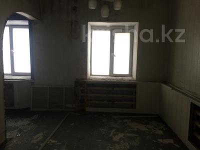 Здание, площадью 1540.6 м², проспект Абая 181/39 за ~ 80.4 млн 〒 в Усть-Каменогорске