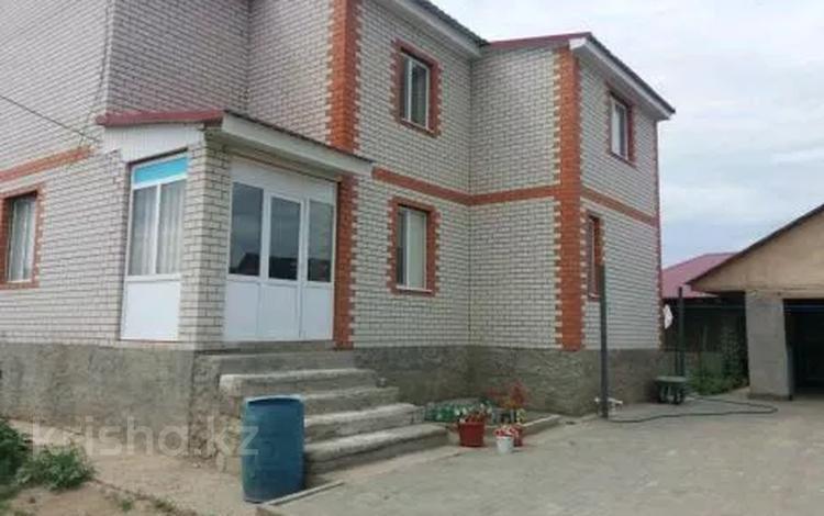 6-комнатный дом, 250 м², 8 сот., Заречный-1 за 30 млн 〒 в Актобе
