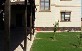 8-комнатный дом, 300 м², 8 сот., Самал 2 за 75 млн 〒 в Шымкенте, Енбекшинский р-н